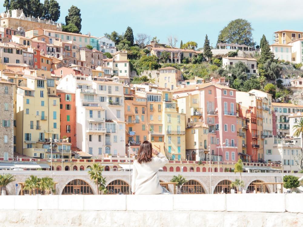 南仏ニースから日帰り・カラフルな街並みの「マントン」と「絶品イタリアン」を楽しむ旅♡