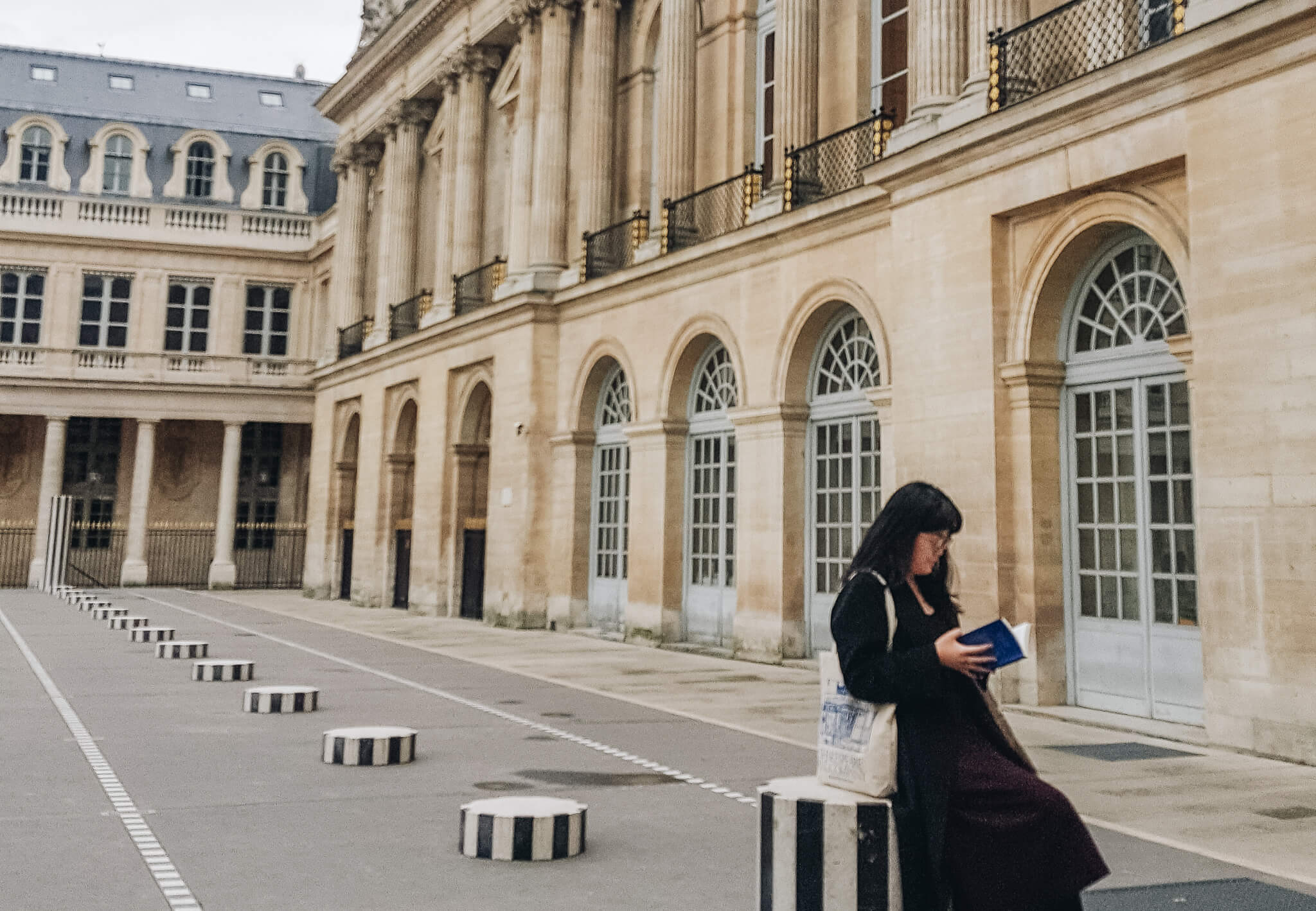 - Booklover in Paris - 出張のスキマ時間で楽しむ、フランス・パリで読書の秋。
